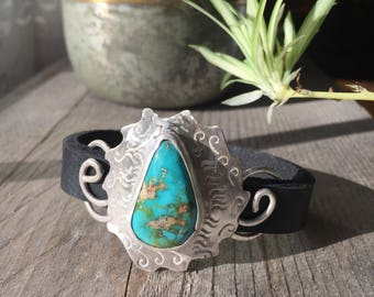 Beautiful Turquoise sterling silver bracelet