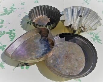Collection of Four (4) Embossed Antique Bakeware, Ovenex, Heart, Fancy Fluted, Pastry