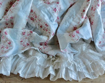 Lovely Shabby Chic Retired Blue And Pink Pillow Ticking Quilt Coverlet