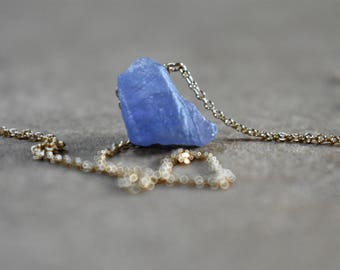 raw rough tanzanite gemstone pendant necklace with gold filled chain. tanzanite necklace focal pendant. rough tanzanite jewelry