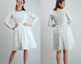 SALE 25% off sundays Heavenly Lace Wedding Dress Vintage 50s White Lace Sheath Overskirt Wedding Dress (s)