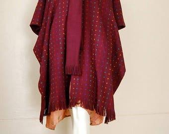 SALE 25% off sundays Sweater Poncho Vintage 70s Plum Cube Graphic Chunky Sweater Knit Boho Indie Poncho Blanket Fringe Shawl (one size)