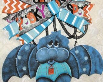 Unique Halloween Decor,Halloween Door Decor,Halloween Bats,Painted Bats,Halloween Gifts,Bats,Handmade Door Decor,Trendy Door Decor,Wood Bats