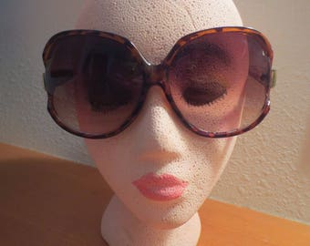 "Vintage Oversized Sunglasses / 2 1/2"" x 2 1/2"" lenses / Oversized Hollywood / Made in Taiwan / Italy design"