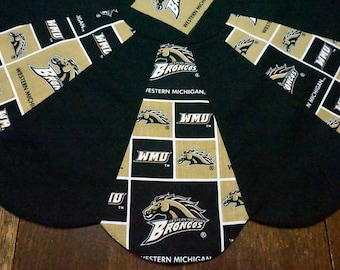 Western Michigan University Reversible Table Topper - Fall or Halloween Pumpkins on the Back