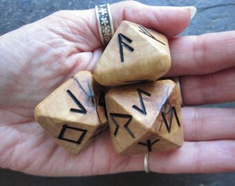 Unique and Exclusive - Rune Dice - in Sycamore Wood. Set 112.