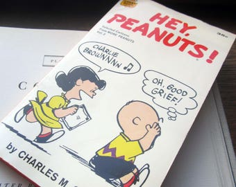Hey, Peanuts !,Selected Cartoons from More Peanuts: Schulz, Charles Monroe, Charlie Brown Comic Book,Snoopy, Lucy,The Peanuts Paperback