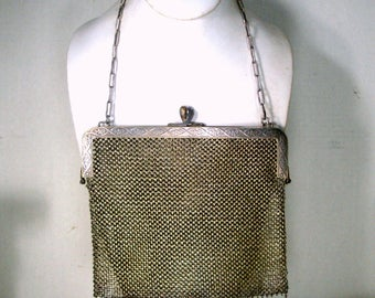 Vintage Silver Metal Mesh Evening Purse,  Chain For Fingers, Chain Maille Pouch, Formal Bag