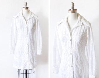 70s white embroidered dress, vintage 1970s mini dress, button up long sleeve shirt dress, medium m