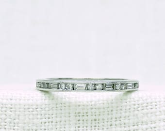 Vintage Wedding Ring In 18k White Gold And Natural Diamonds Stacking Christmas Gift