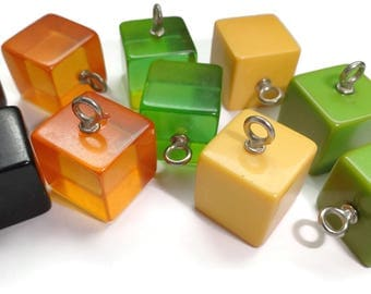 Vintage Bakelite Buttons Beads - 2 Antique 1940s Game Cube Dice for Sewing Knitting Jewelry Supplies  YOUR CHOICE of Colors