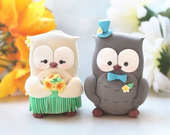 Unique Hawaiian Owl wedding cake toppers - hula skirt hibiscus plumeria bouquet bride groom figurines destination wedding beach sea yellow