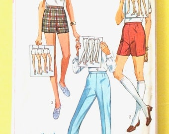 Simplicity 7688 Women's Shorts and Pants Pattern Slacks, Jamaica Shorts, Short Shorts Vintage Sewing Pattern  Waist 29 Hip 40 inches