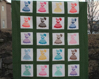 Gorgeous 1970's Multi Color Sunbonnet Sue Handmade and Machine Apliqued and Machine Quilted Quilt With Dark Green Sashing and Border