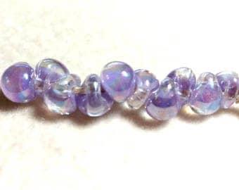 Unicorne Teardrop, Boro Glass, Color: Violet AB, Strand of 10 beads