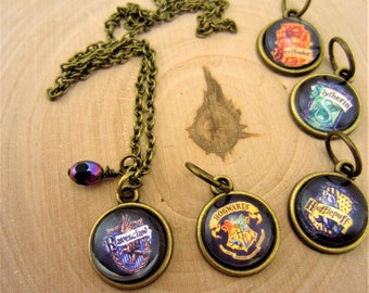 Harry Potter jewelry. House crest. Hogwarts jewelry, Ravenclaw necklace, Hufflepuff, Gryffindor, Slytherin jewelry. Choose your house. Gift.
