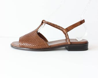 Vintage Woven Leather T-Strap Flat Sandals, size 8.5