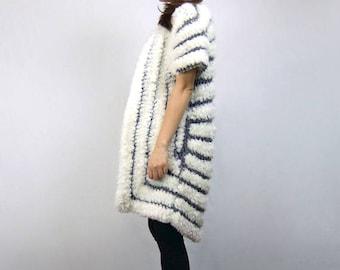 Avant Garde Fuzzy Cardigan Short Sleeve 80s Off White Grey Sweater Vintage 1980s Knit Cardigan - Medium M
