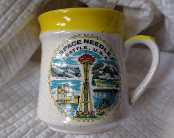 Seattle space needle coffee mug cup 1970s 1960s souvenir made in Japan speckle landmarks mod