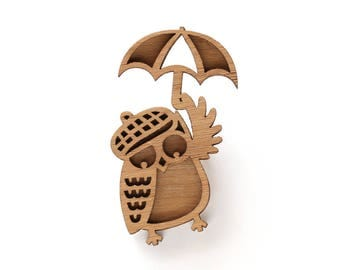 Owl Wanderer Brooch, Owl Brooch, quirky jewellery, Travelling Owl