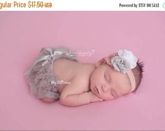 SALE BABY GIRL Headband and Bloomers, Baby Girl Bow Bloomers, Newborn Bloomers, Diaper Cover, Ruffle Bloomers, Ruffle Bloomer, baby set
