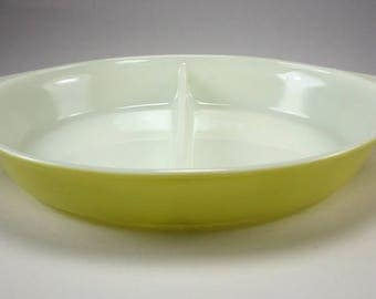 PYREX Verde Olive Divided Casserole Baking Dish, Yellow Green, 1 1/2 Quarts, 063, 1970-1972, Bake Ware, Replacement