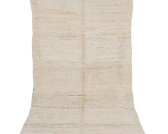 Minimalist Beni Bngchra -  Big Beni Ouarain loop pile rug