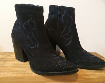 Black Block Heel Embroidered Western Sock Boot size 8 Pointy toe