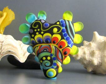 1 Funky Heart - lampwork Art Glass - Its an original  Michou P. Anderson Design