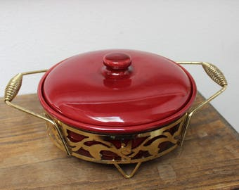 """Bauer Pottery Casserole Burgundy with Rack Monterey Modern Kitchenware California 9 1/4"""" Large VINTAGE by Plantdreaming"""