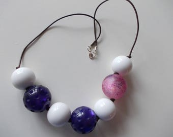 PEARL NECKLACE LANYARD AND GROSSE