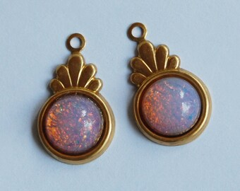Vintage Glass Fire Opal Pendant Bead Brass Setting • 23mm • Art Deco Setting