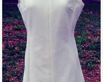 SUMMER SALE 1960s White Day Dress Office to Dinner Dress Size Large /Volup/Curvy