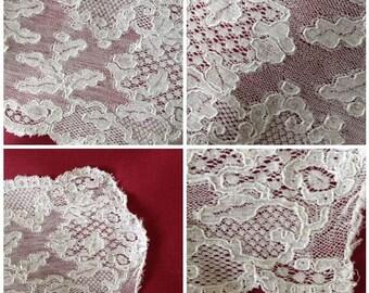1745-60 Single Lace Lappet (Brussels or Mechlin) - Georgian Lace Fashion Headwear - Antique Lace Lappets