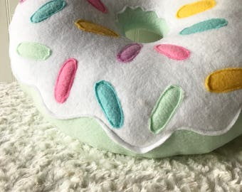 "16"" Mint White Frosted Doughnut Pillow"