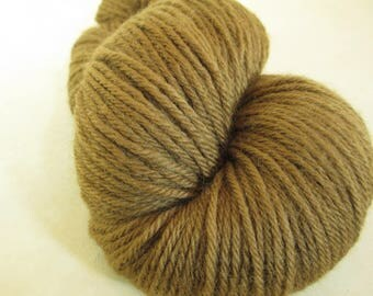 Natural Dye Wool Yarn - Hand-Dyed with Black Walnut Hulls - Worsted Weight - YAW101724 - 100 grams