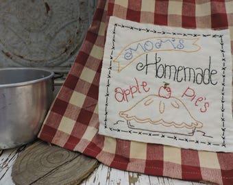 Mom's Homemade Apple Pie Dish Towel Kit