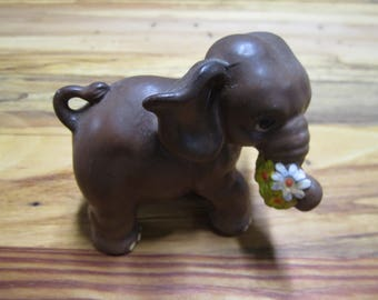 Small vintage ceramic elephant figurine with flowers 70's collectibles