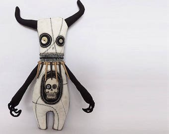 Voodoo Doll Macabre Oddity Monster Doll Art Doll Animal Creepy Doll