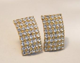 Crystal clip on earrings. Vintage  earrings. Clip on earrings.  Vintage jewellery