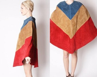 On SALE 45% Off - Nautical Mod 60s Suede Chevron Poncho Coat / Nautical Outterwear / 60s Suede / 1960s Cape / Red Suede  / 2054