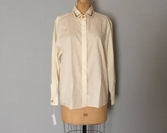 25% OFF SALE... cream white cotton blouse | embroidered collar shirt