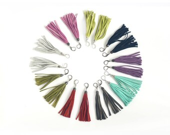 Leather tassel earrings in different colors. Choose yours!