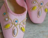 Vintage  Shoes, Pink Leather Like Mercury Ballet Flats, 1960's Jeweled Beaded,  Womens 6 61/2, 60's Ladies Fashion, Like New Party Shoe