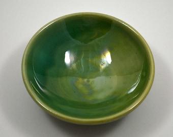 Green Ring Dish/ Porcelain Ring Dish/ Wedding Gift/ Green Ceramic Ring Dish
