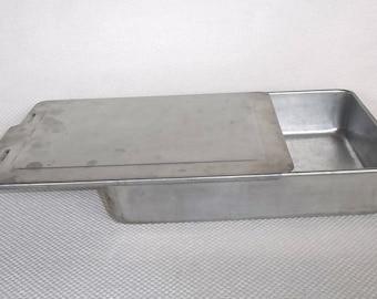 Vintage MIRRO 13 X 9 Cake Pan with Slider Lid Model 5488M Aluminum 9 X 13 Cake Pan with Lid with Older MIRRO Mark