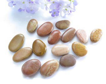 Undrilled Natural Colorful Beach Stones, Jewelry Wrapping or Mosaic, Red Pebbles, Mediterranean Sea Rocks, Natural Red Stones