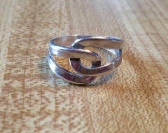 Vintage Beau Sterling Silver Ring Size 8.5 925