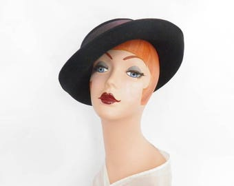 Black fedora hat, vintage 1970s tilt, Breton wide back bow, Importina