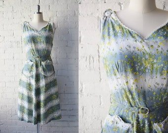 1950s Floral Print Sun Dress | A-Line | With Belt | Patch Pockets | Size Small